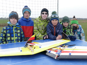 Nurflügler-Kinderprogramm